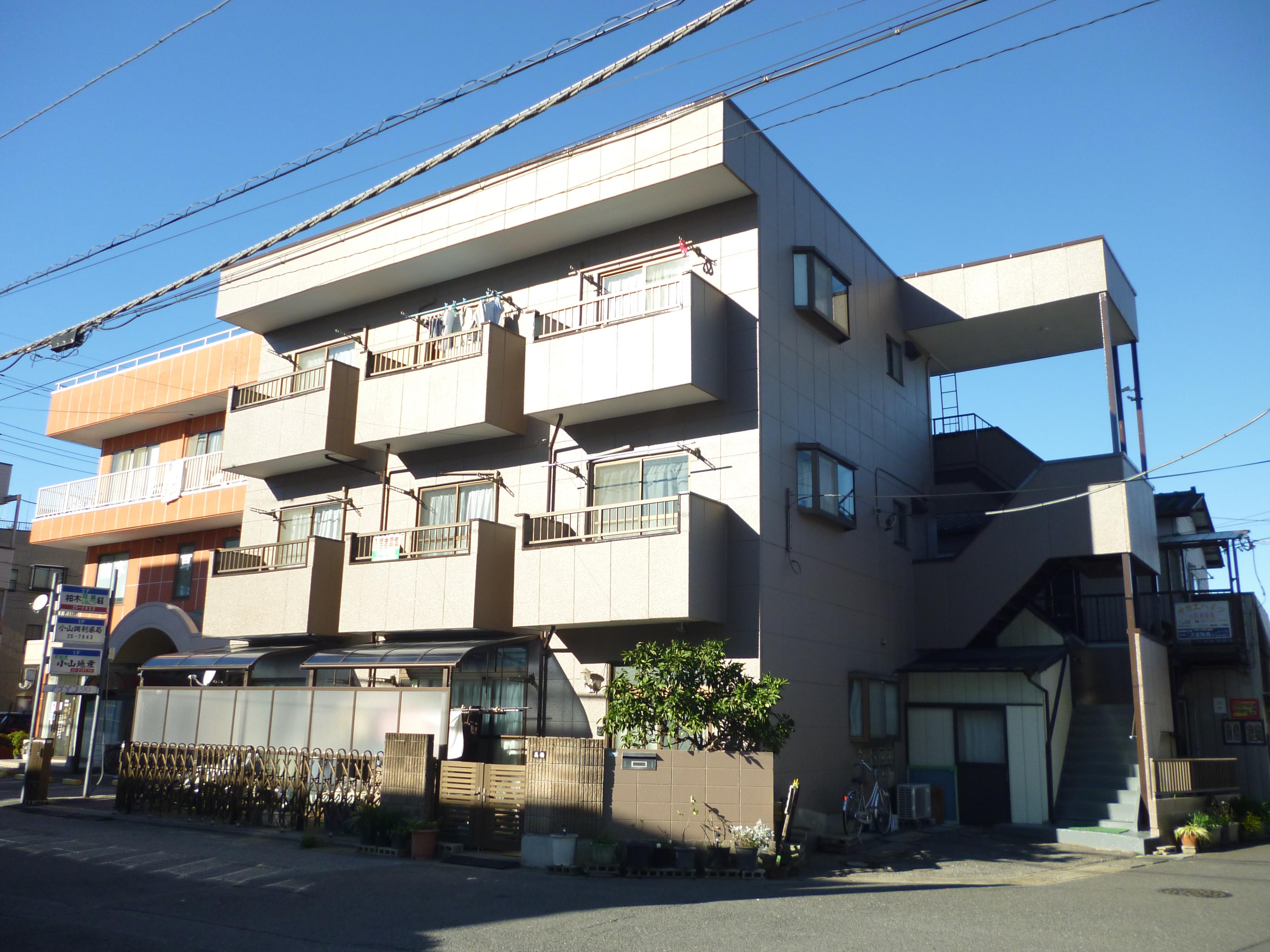 高橋ハイツ 1K(26.4�u)